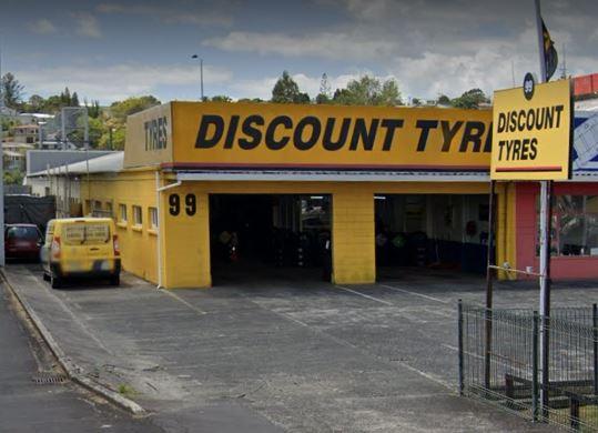 Discount Tyres Takapuna