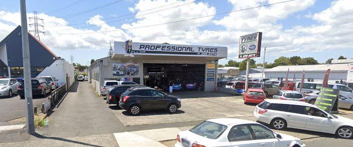 Professional Tyres & Automotive